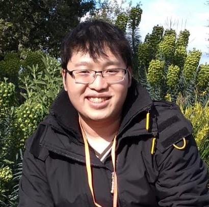 Geoffrey, Yulio's graphics programmer