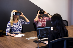 strapless headsets can reduce vr sickness for business meeting users