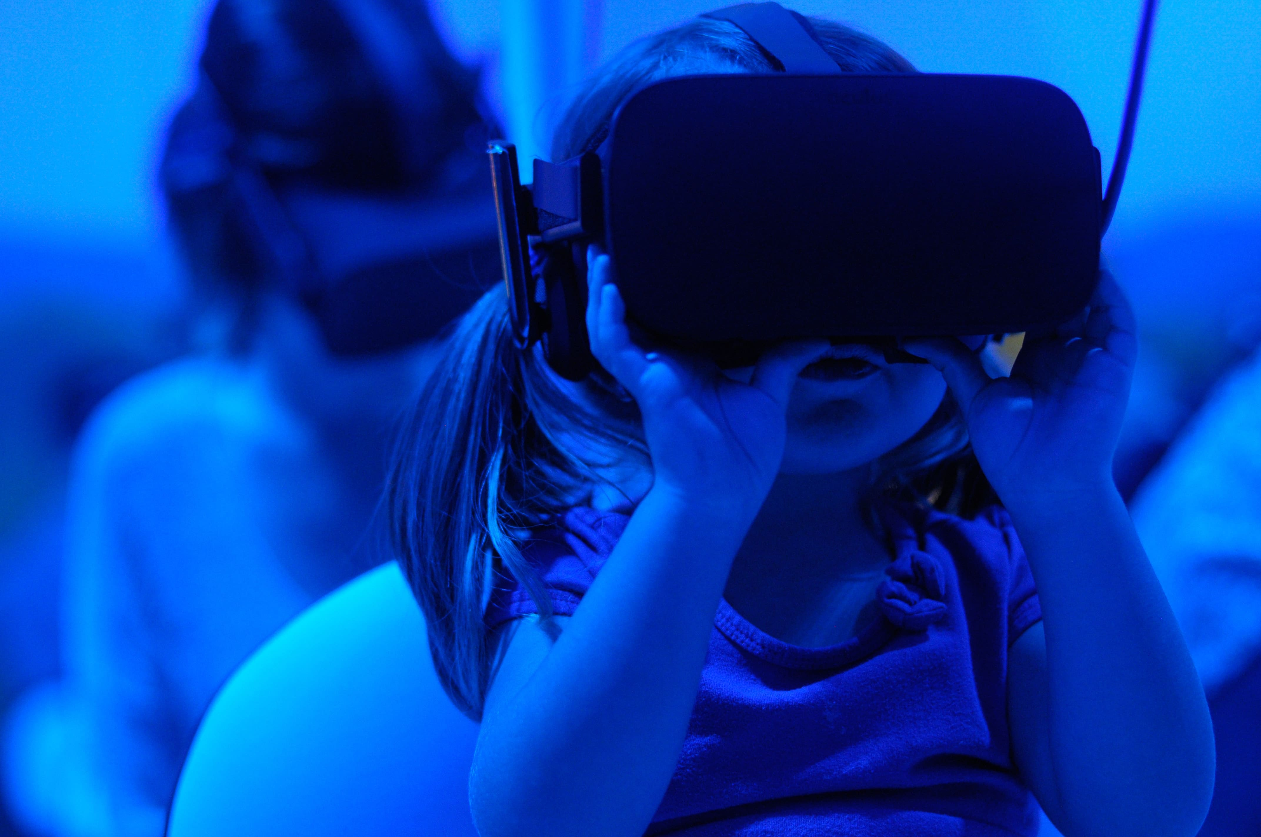 4 Fantastic VR Education Activities for Kids Staying At Home